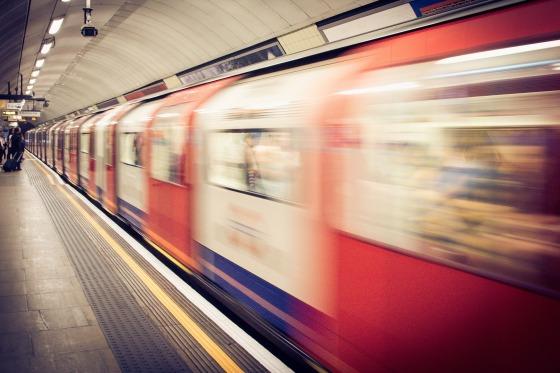 underground-1081975_1920